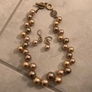 Jewelry - Gorgeous Anne Klein necklace and earrings